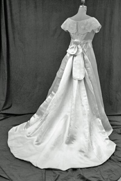 Hannah Biddle Wedding Dress